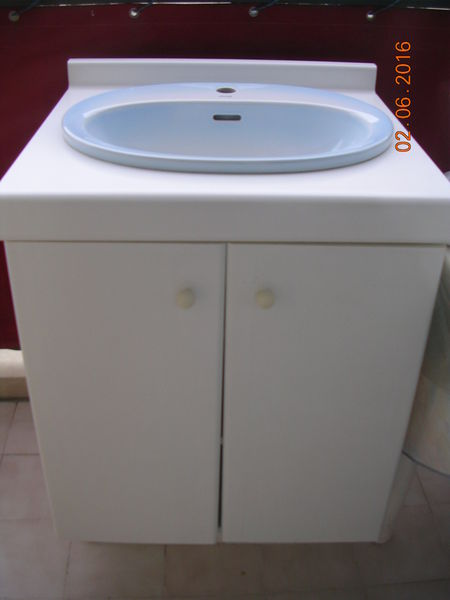 Meuble salle de bain occasion maison parallele - Bandeau lumineux salle de bain ...