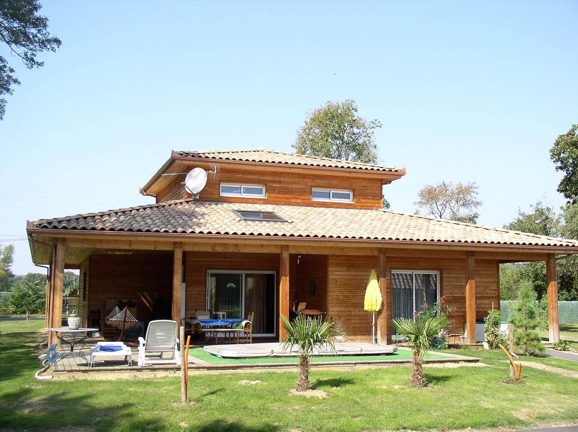 Constructeur maison en bois maison parallele for Constructeur piscine tarif