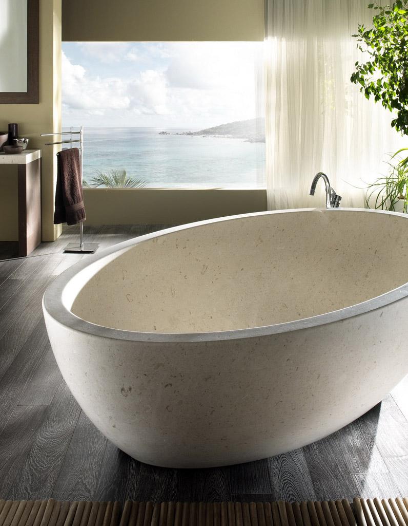 baignoire naturelle maison parallele. Black Bedroom Furniture Sets. Home Design Ideas