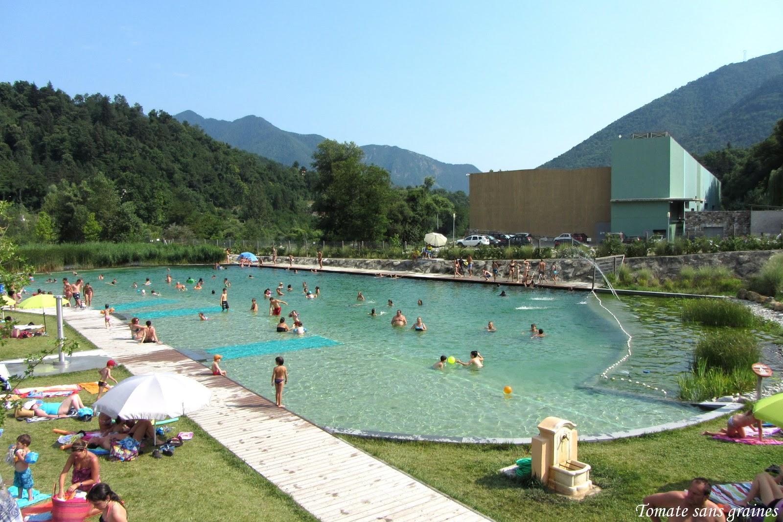 Filtration naturelle bassin maison parallele for Prix piscine biologique