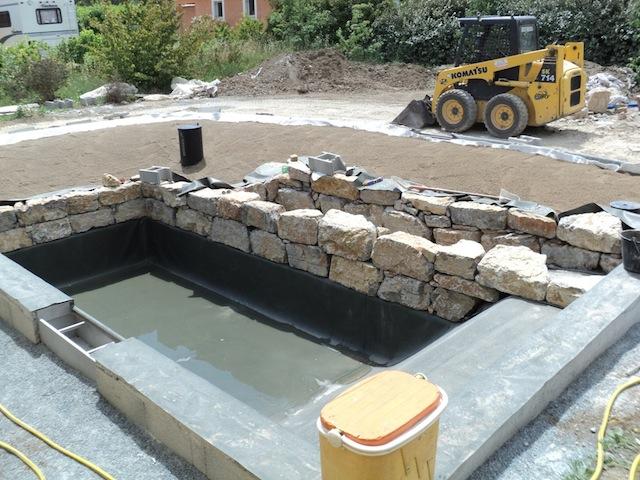 Fabrication d une piscine naturelle