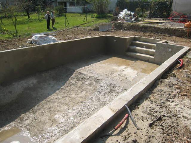 construction piscine maison parallele. Black Bedroom Furniture Sets. Home Design Ideas