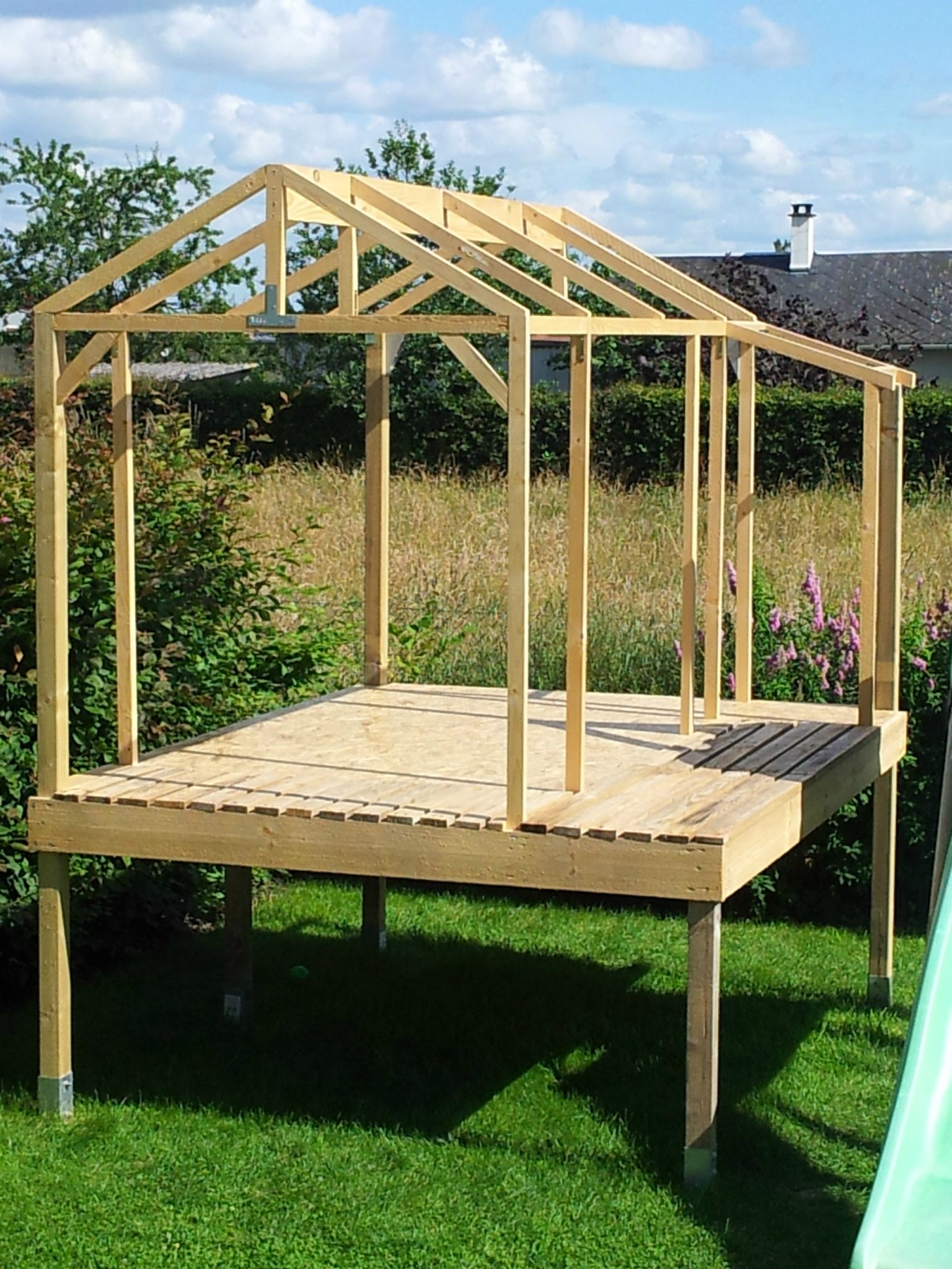 Fabriquer maison bois enfant - maison parallele