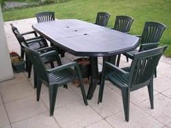 Table de jardin plastique pliante - maison parallele