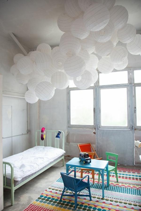 Suspension blanche chambre - maison parallele