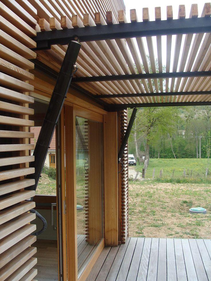 pergola bois et fer maison parallele. Black Bedroom Furniture Sets. Home Design Ideas