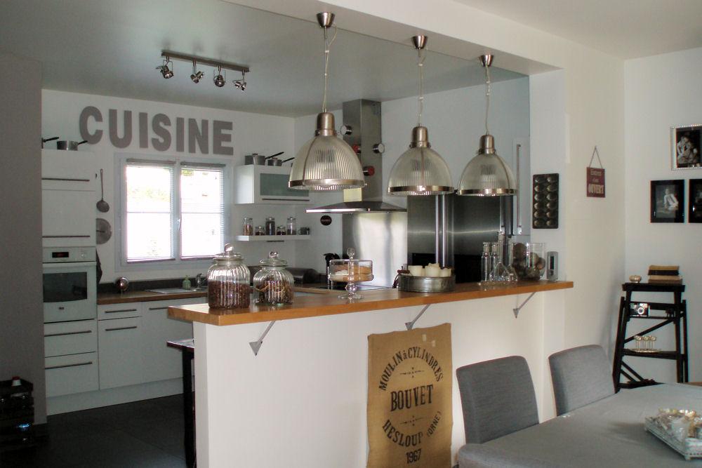 Cuisine ouverte bar - maison parallele