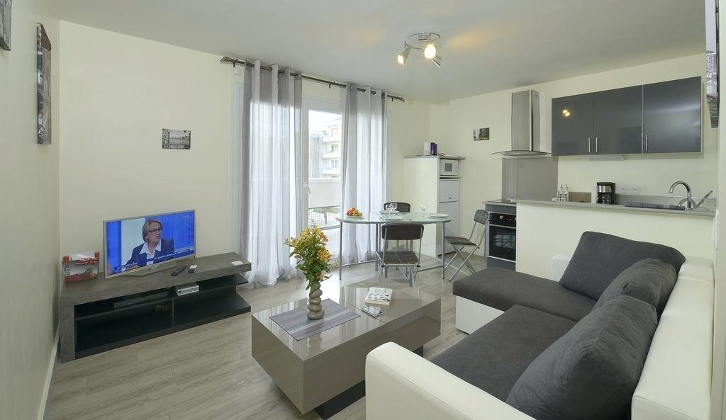 Deco salon avec cuisine ouverte - maison parallele