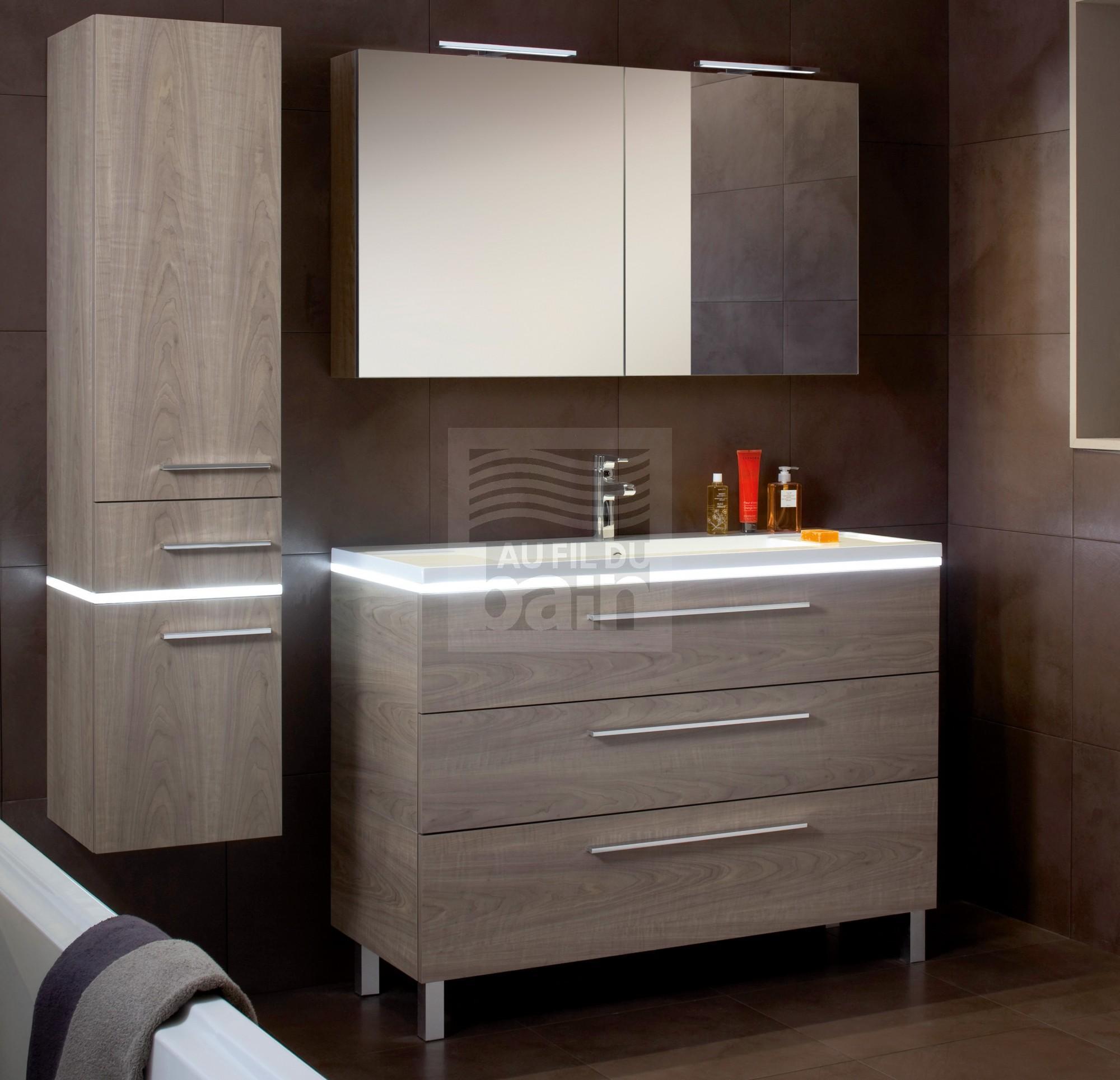 Lavabo et meuble salle de bain